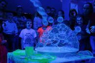 Неоновое шоу мыльных пузырей на день рождения ребенка в ВАО