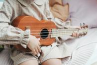 Обучение игре на гавайской гитаре укулеле для детей в Измайлово ВАО